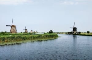Samen aan de Hollandse pot in Kookstudio in Amsterdam