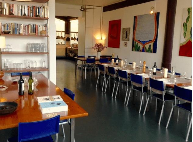 afbeelding eetkamer kookworkshop bij kookstudio dennis leeuw