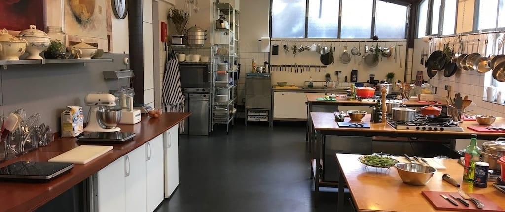 afbeelding kookworkshop Amsterdam, kookstudio Dennis Leeuw, de keuken